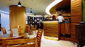 Model Desain Cafe Bahan Dasar Kayu 2015