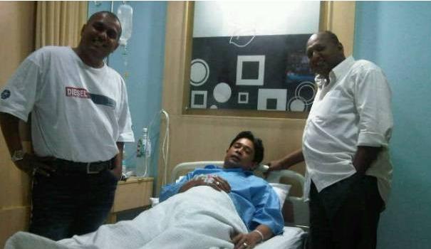 Gambar Zamarul Hisham Di Hospital Bersama Rakannya