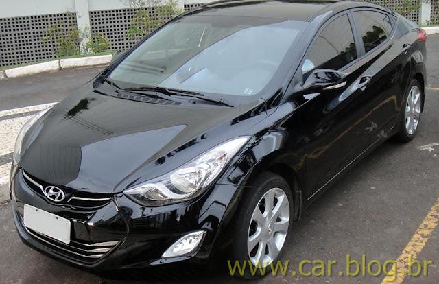 Hyundai Elantra 2012 GLS 1.8L Automático - perfil