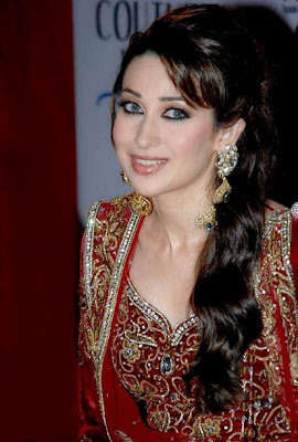 Karishma-Kapoor-Wallpapers-Photos-Hot-Pics+%281%29.jpg (413×612)