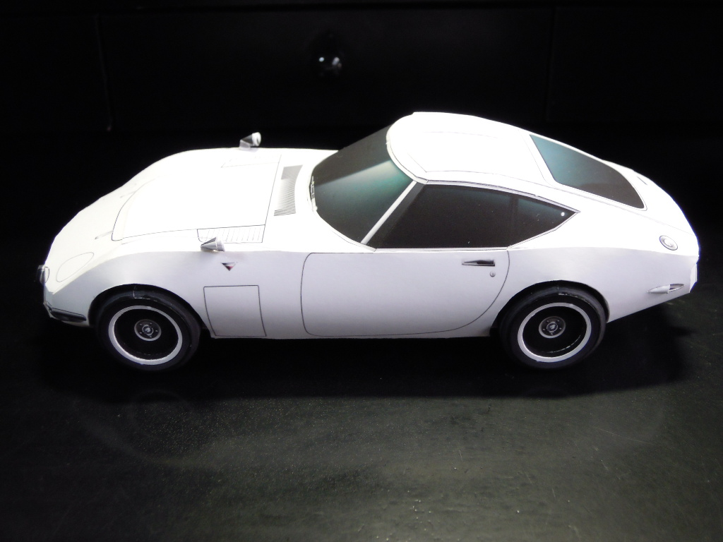 Papercraft toyota 2000gt 124 papercraft two seat hardtop coupgrand tourer designed by toyota in collaboration with yamaha first displayed to the public at the tokyo motor show in 1965 jeuxipadfo Choice Image