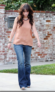 Jennifer Love Hewitt in front of her home in Toluca Lake