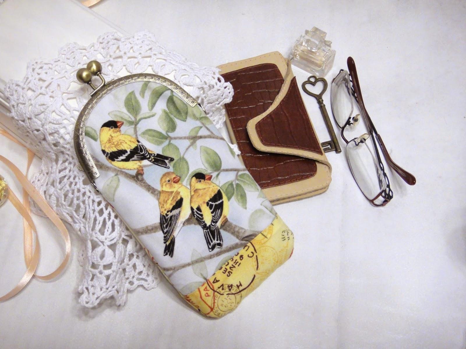 Женский очечник с фермуаром, кожаная ключница в подарок женщине