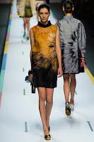 Елегантна рокля с омбре ефект Fendi пролет-лято 2013