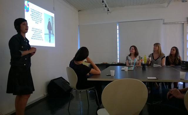 """Apresentação de Ana Soares - blog Hoje vou assim OFF - no workshop """"Desconstrua a moda e construa seu estilo""""  (SP - 19/07/15)"""