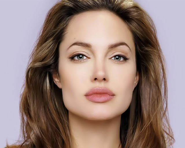 The World's Highest Paid Actresses No. 4 Angelina Jolie - Pics 1
