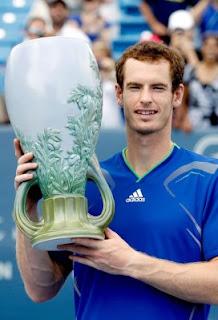TENIS-Cincinnati es dominada por Murray y por Sharapova