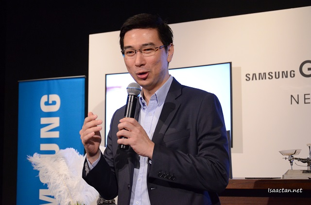 Lee Jui Siang, Vice President, Mobile, IT & Digital Imaging, Samsung Malaysia Electronics delivering his welcome address at the Samsung Galaxy Tab S2 Media Preview Session.