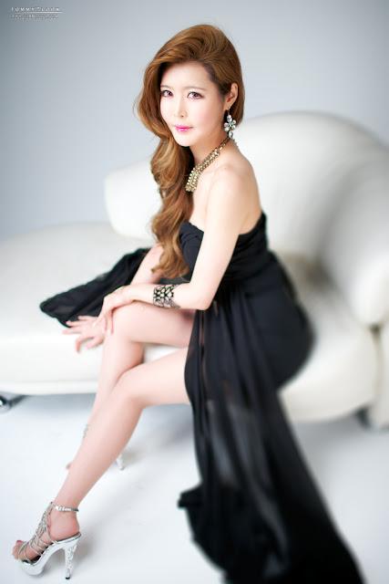 Yoon Sun Hee Gallery