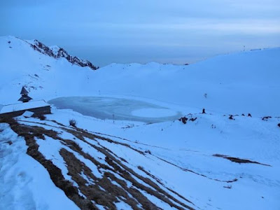 Prashar Lake in winters