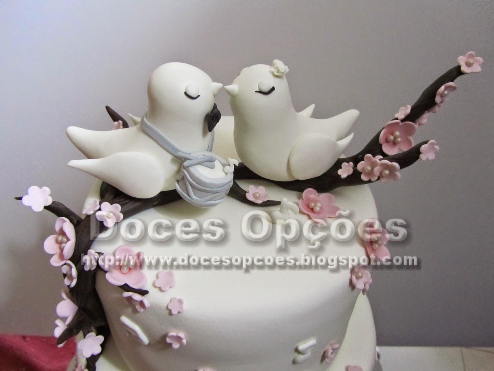Bolo de casamento passarinhos