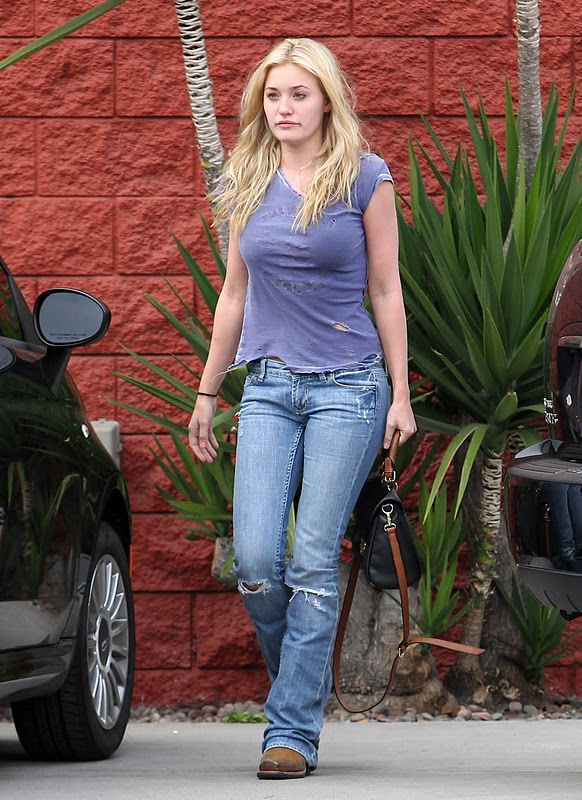 AJ Michalka - Pictures Gallery