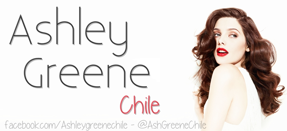 Ashley Greene Chile
