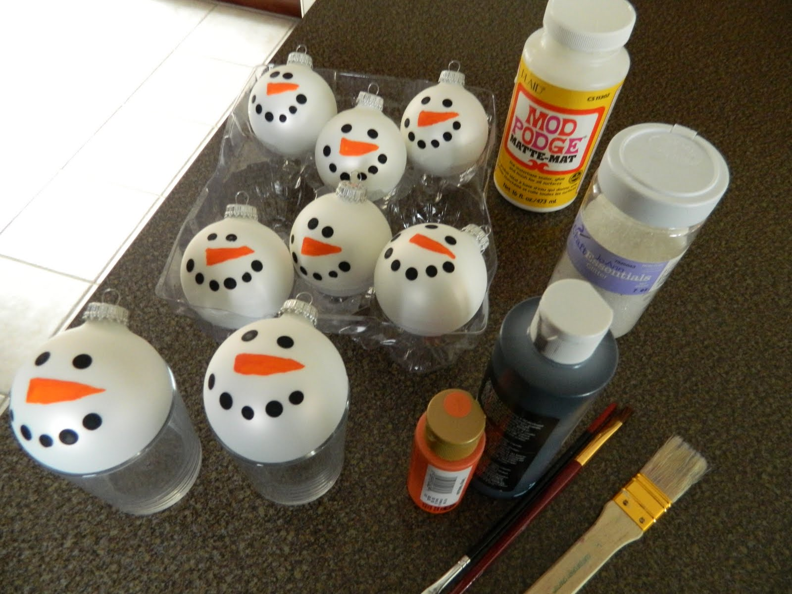 Hobby lobby glass ornaments - All You Need Are White Glass Ball Ornaments Black And Orange Paint Modpodge And White Glitter I Dipped The Eraser End Of A Pencil In Black Paint To Make