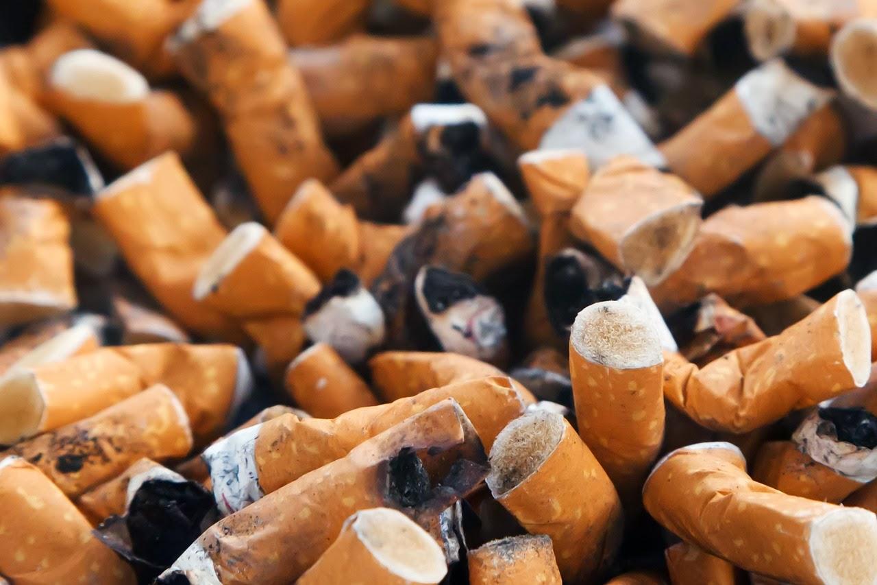 Ajude-me a deixar de fumar pessoas