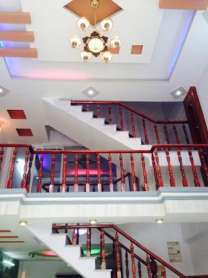 Cầu thang nhà 1 lầu 1 trệt 1 lửng