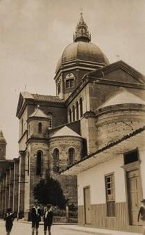 Negocio sobre guía de edificios historicos