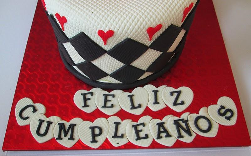 beautiful birhtday cake, fashion birthday, heart birthday cake, pastel de cumpleaños de corazones, red birthday cake, vanilla cake, corazones