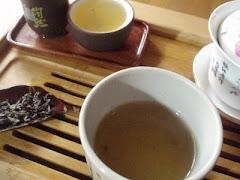 Et si nous prenions un thé avec...