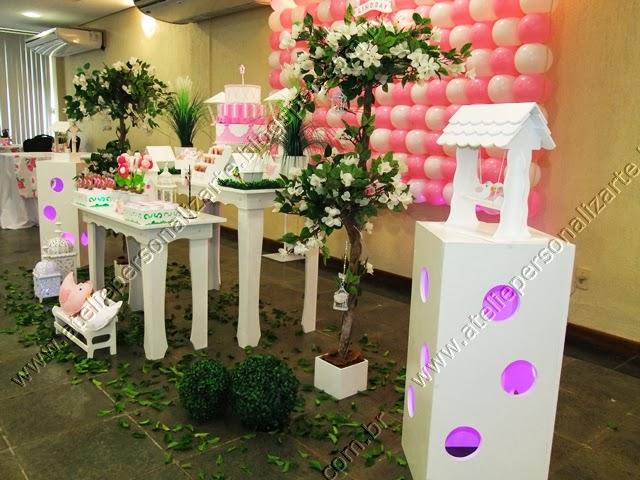 decoracao de festa rosa e branco
