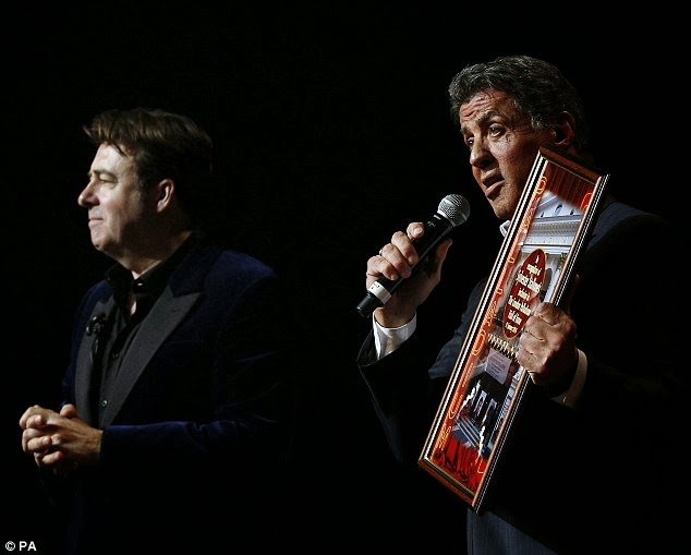 Sylvester Stallone dedica uma noite aos fãs em Londres