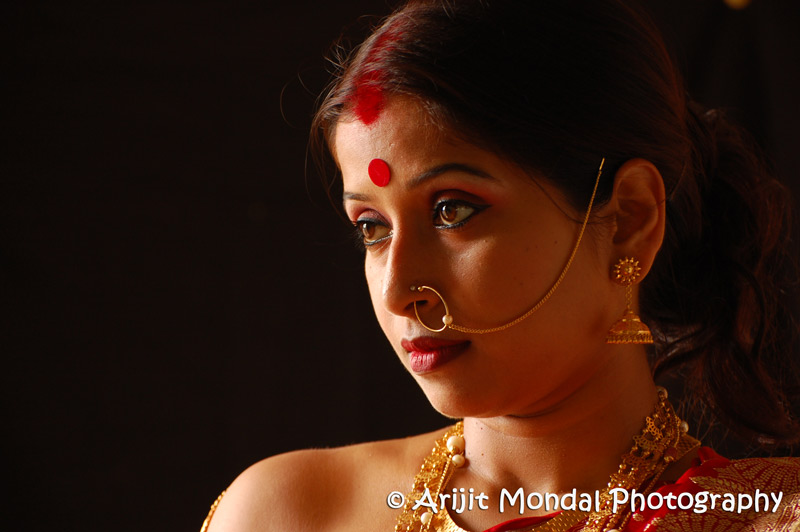 Indian lady with gold jwellery