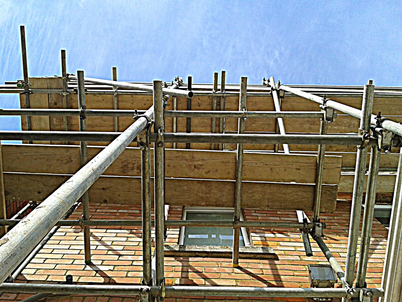 Project 365 day 107 - Scaffolding // 76sunflowers