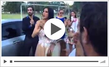 Η sέxι κουμπάρα Πάολα, «aνaστάτωσε» το γάμο με τον χορό της!