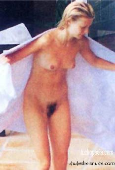 Gwyneth Paltrow – Naked Vagina