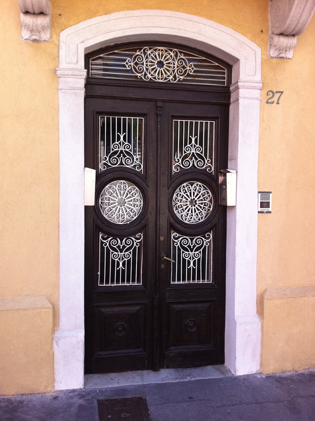 1600 #AF611C Buccari. Nice Metalwork To Compliment The Beautiful Wooden Doors. image Beautiful Wooden Doors 46731195