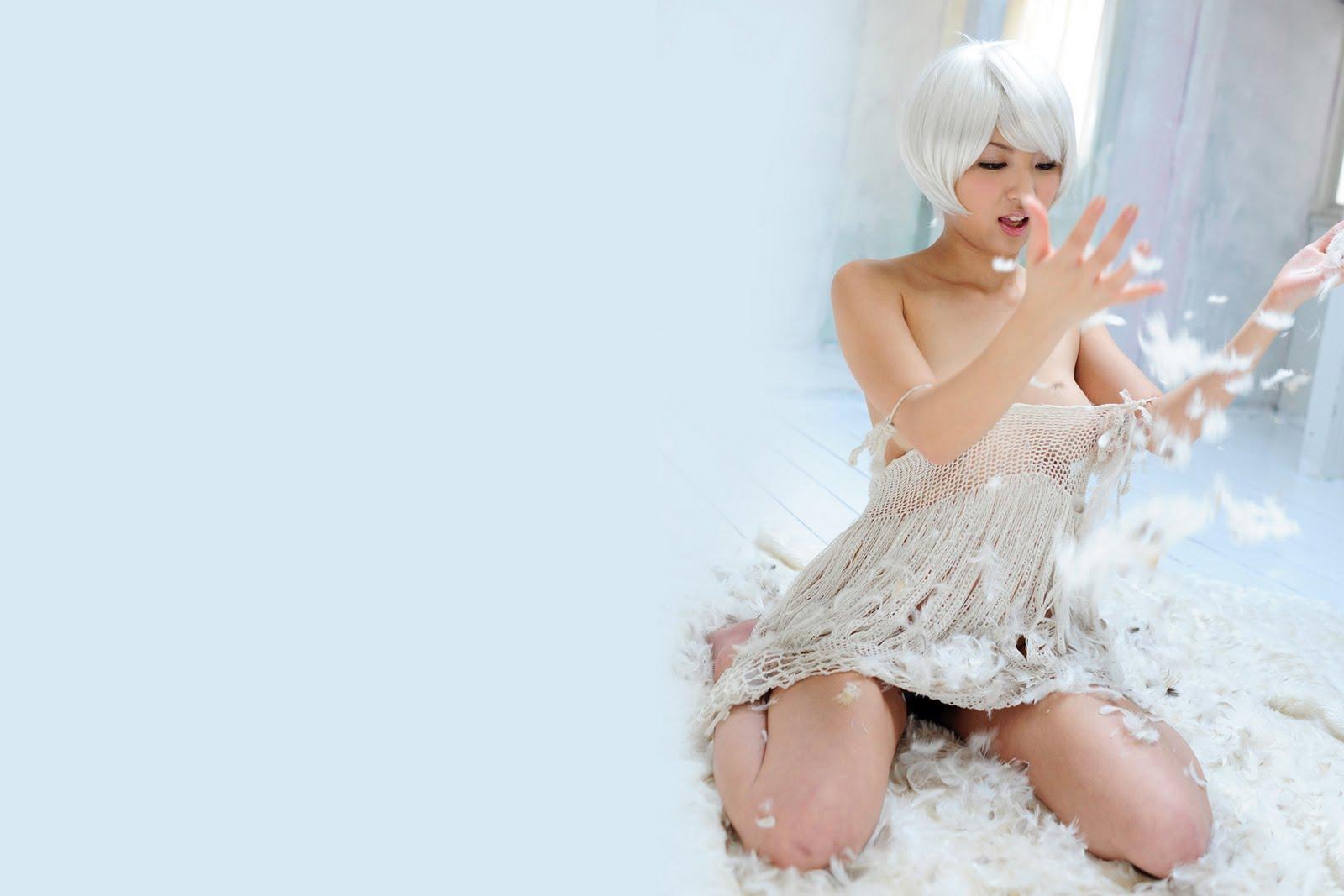 http://3.bp.blogspot.com/-nYmP_fJnFHE/TeQgKDU-_HI/AAAAAAAACWU/fcaOgPwuNAs/s1600/japanese+cute+sexy+girl+wallpaper+%25282%2529.jpg