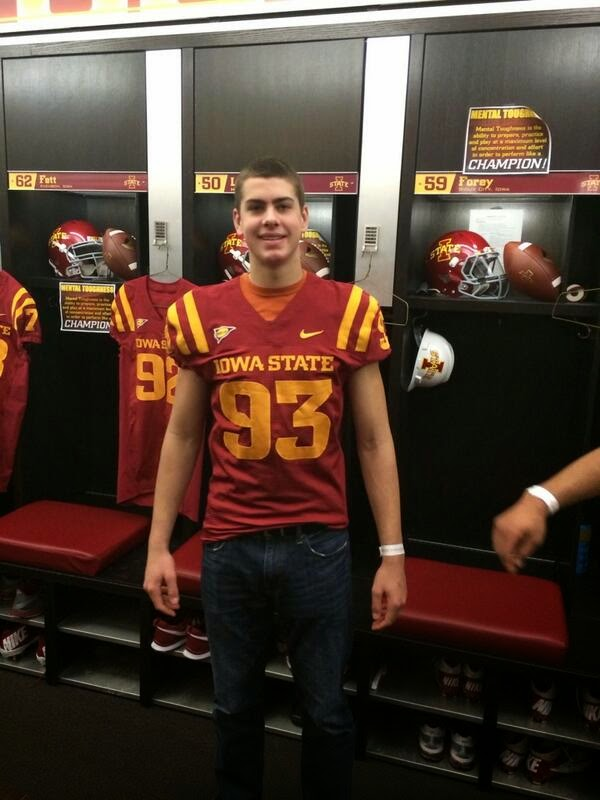 Iowa State adds in-state defensive end prospect Anthony Nelson to its 2015 recruiting class.