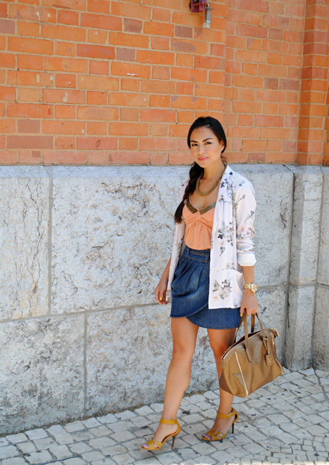 daniela pires, street style, fashion blogger, furla bag, denim skirt, trend, fashion, zara blazer, summer style