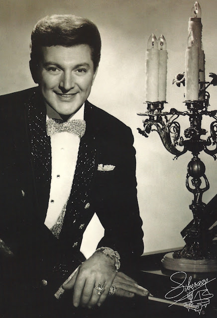 Liberace, 1919-1987 - LC Linked Data Service: Authorities ...