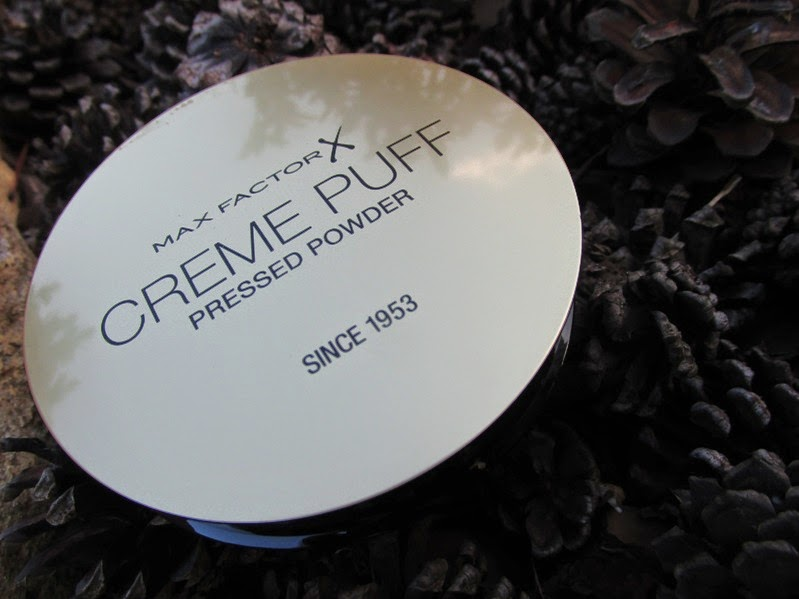 max factor translucent powder how to use