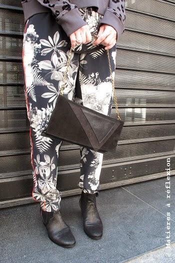Pantalon imprimé flower en soie Pyrus London