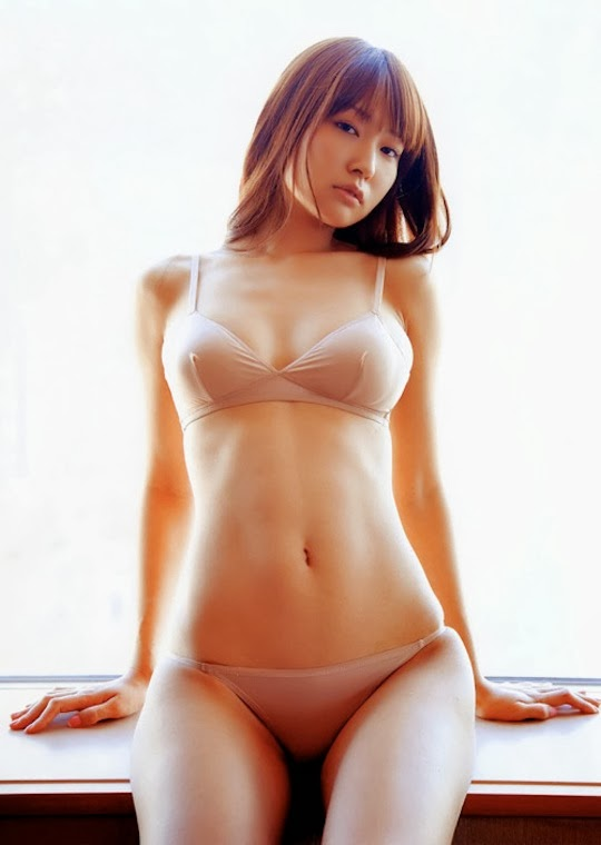 Sexy japanese girls: manga, anime, pics, photos and videos of hot beautiful asiatic babes. Pretty college girl 1x2. Sexy girl nude desnuda Japón en pelotas tetas culos naked