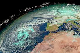 Huracán Xaver deja al menos 10 muertos en su paso por el norte de Europa, 08 de Diciembre 2013