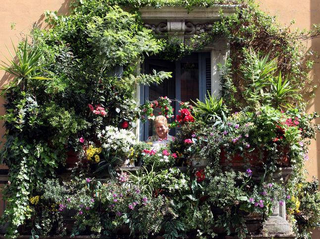 Milano bon ton maggio 2013 for Terrazzi arredati