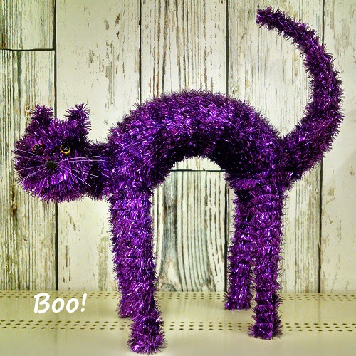 Purple Halloween cat decoration