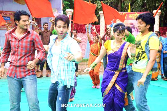 , Riteish & Tusshar On The Sets Of 'pavitra Rishta'