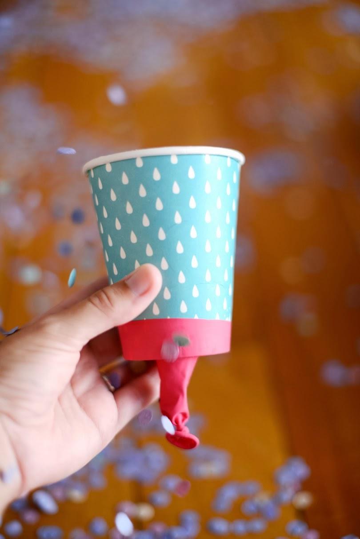 http://www.estefimachado.com.br/2014/02/e-carnaval-lancador-de-confete.html