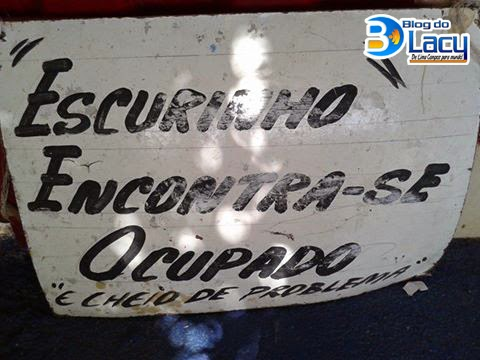 "PLACA DO ""ESCURINHO"""