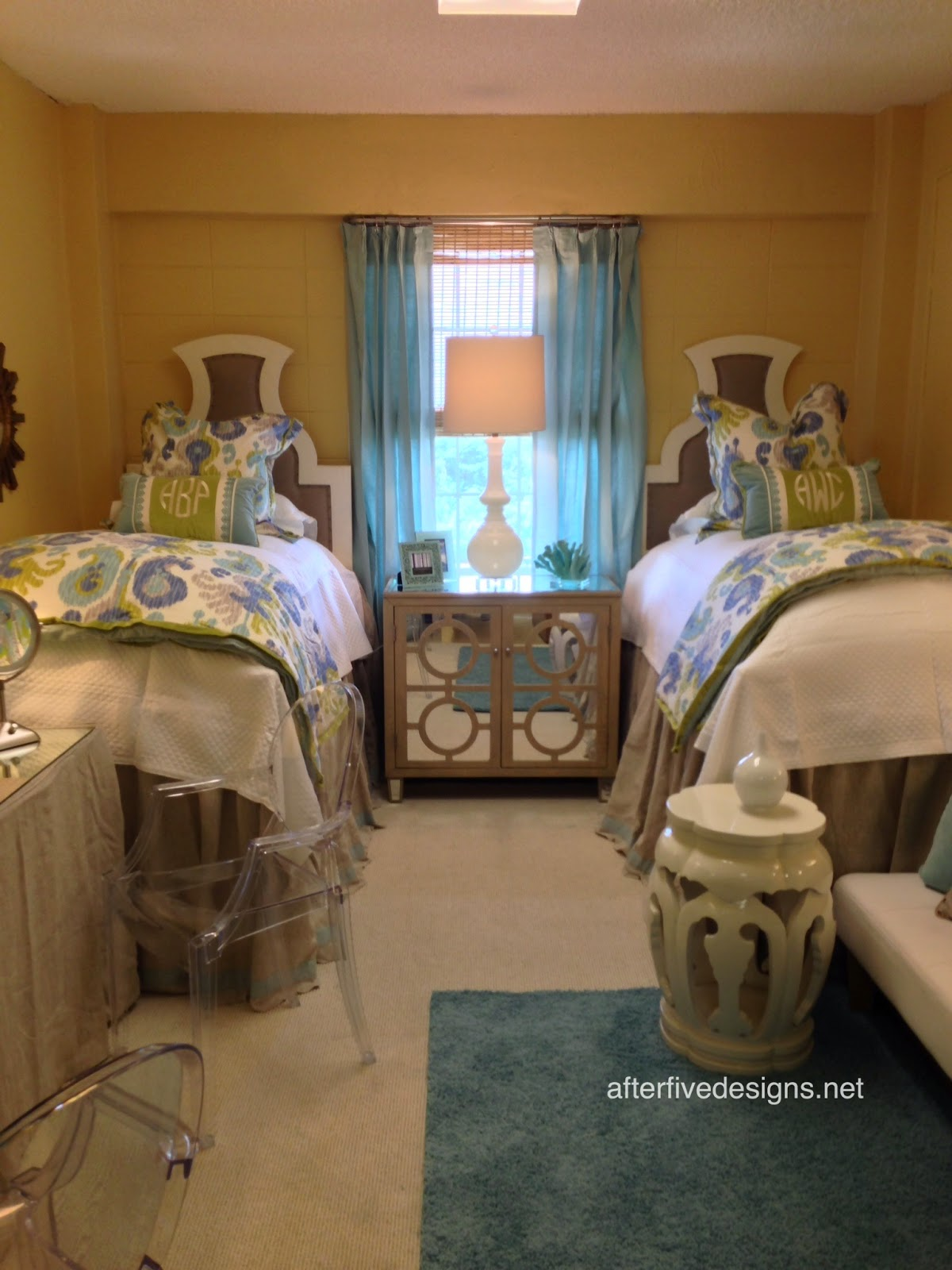 Brown Dorm Rooms