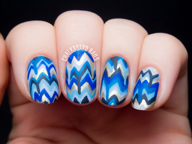 blue dripping chevron nail art