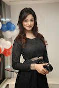 Shilpi Sharma latest dazzling Photos-thumbnail-20