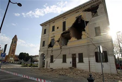 Bologna_Italy_earthquake_damage_image