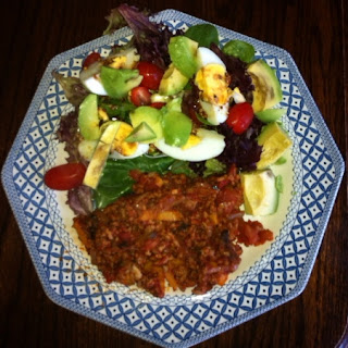 Pork mince bolognese with salad