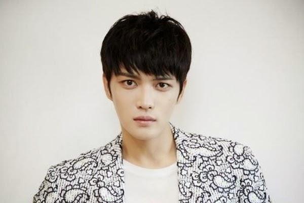 Jaejoong (JYJ) vui vẻ chúc mừng sinh nhật 9 tuổi của Super Junior