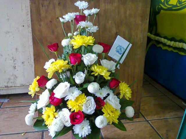 toko bunga tigabalata florist,papan bunga,karangan bunga
